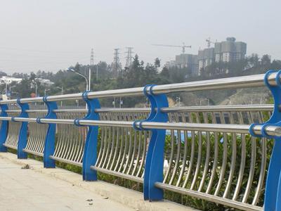 桥梁防撞护栏,不锈钢桥梁护栏厂家